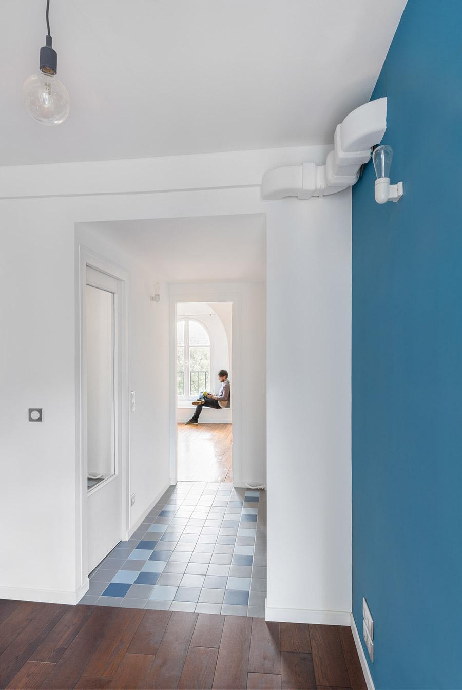 Hall Photo © Alexandra De Cossette (http://alexandradecossette.com)